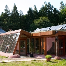 brighton-earthship