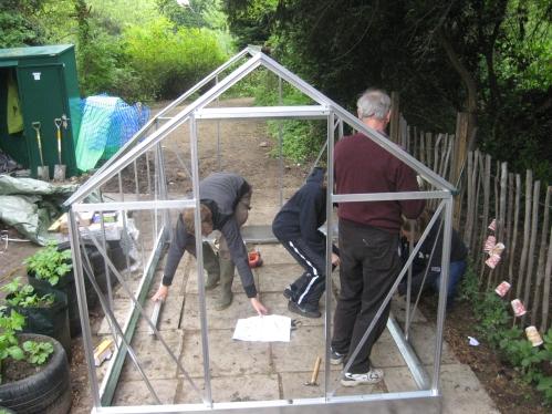 DIY-aluminum-greenhouse-kit.jpg